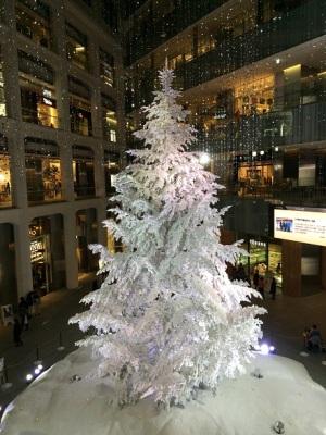 KITTEクリスマスツリー